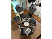 Carlsbro CSD130 R Electronic Drum Kit 8 Piece MIDI Sticks, Headphones, Stool
