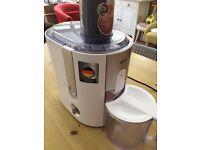 Braun juicer j500 in white