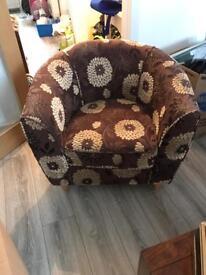 Brown fashion chair