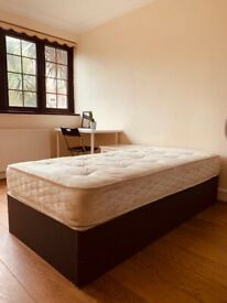 Large Double Room, close to Canary Wharf! Zone 2! modern property! Cheap Low Deposit!