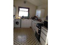 Ensuite Double room, near public transport, near Heathrow, Hounslow West, M4, M25, A312, M3.
