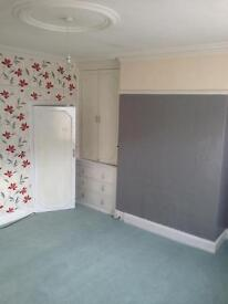 2 bed terraced Bd95dx £400 p/month