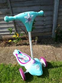 Frozen musical scooter