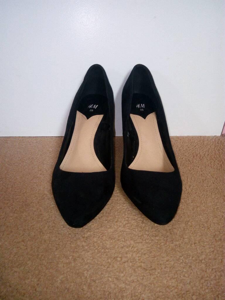 Black suede kitten heels