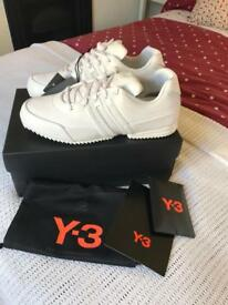 ADIDAS Y3 size 8 NEVER WORN