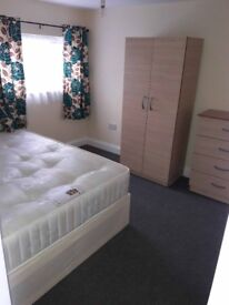 Cozy double room available in East Ham