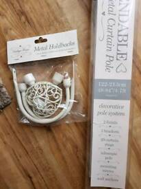 Vintage Shabby Chic Heart Extendable Curtain pole Rail & Hold Backs BNIB