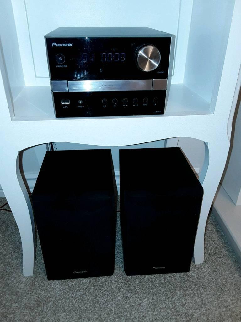 Pioneer Hi Fi CD Receiver System