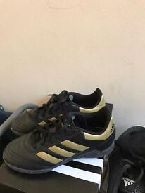 Adidas trainers boys