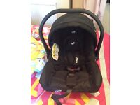 LIKE NEW **Joie baby car seat black