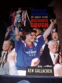 Rangers Richard Gough HAND SIGNED autobiography Field of Dreams