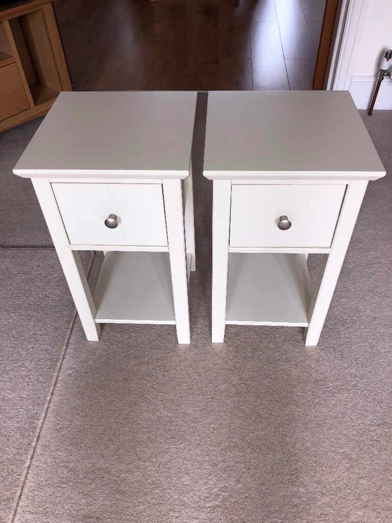 Set Of 2 Hastings Ivory Compact Bedside Chests Mark Spencer S