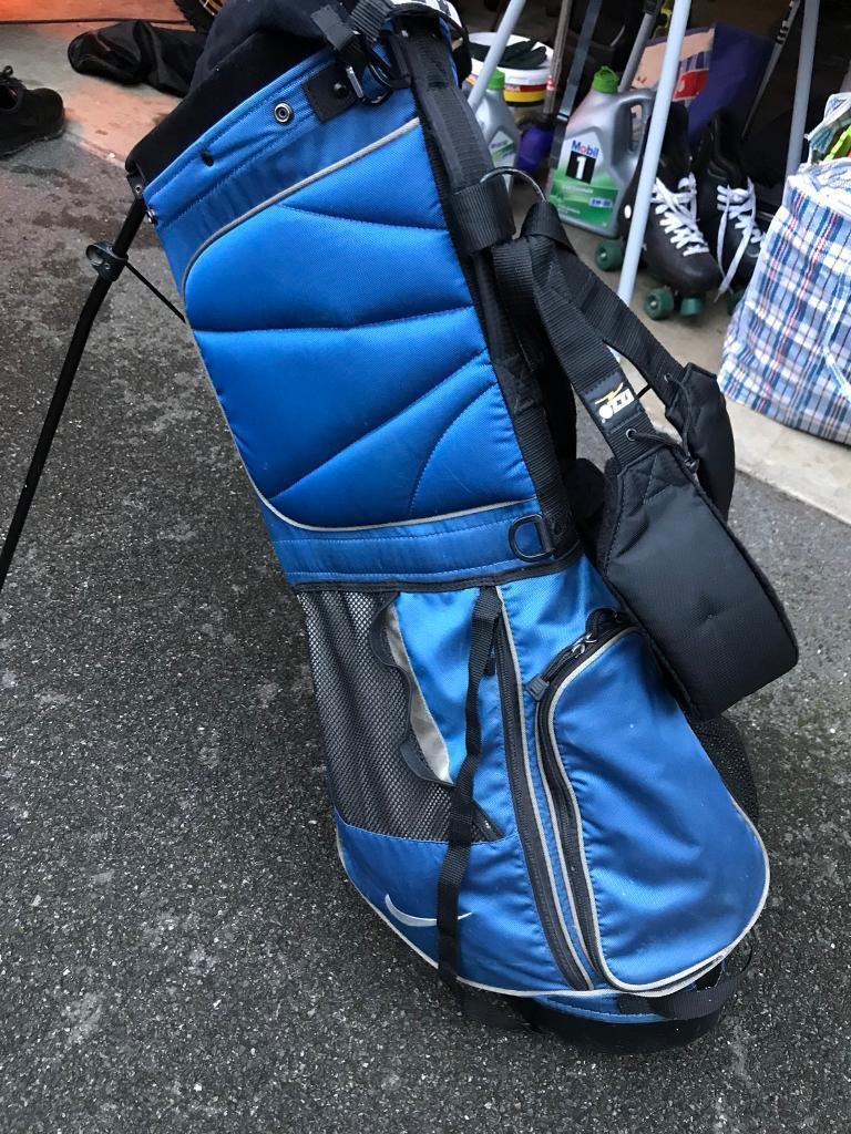 Nike golf stand bag.