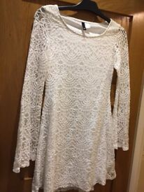 ~~## H+M White Lace Top: Size 10 ##~~