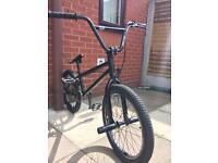 AMPLITUDE Bmx Stunt Bike