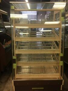 Bakery - buns, rolls, pastries, croissants, donuts - Display Merchandiser