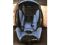 recaro car seat with isofix base 0/20kg in weight roughly 9/10 months