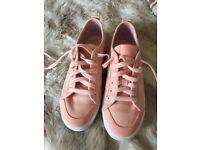 Adidas pumps pink