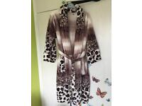 Women dressing gown size 10 12 14 very soft warm comfortable