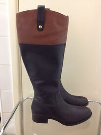 Very smart and elegant new woman leather Boots by Dune in amazing price