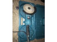 Makita angle grinder nearly new