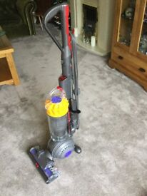 Dyson DC40 Multifloor Upright Vacuum Cleaner