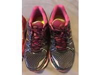 2 x pairs Asics Gel Kayano trainers Size 7/ euro 40