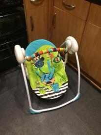 Baby swing / bouncer