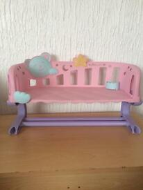Dolls cot to fit on mattress