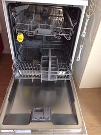 Bosh Clasicxx Dishwasher in EXCELLENT condition for Sale