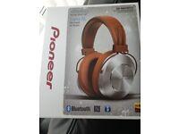Pioneer Bluetooth headphones