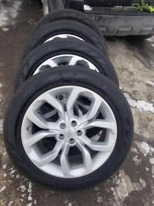 LIKE NEW  2017 LAND ROVER DISCOVERY  FACTORY OEM 19 INCH  WHEELS WITH HIGH PERFORMANCE PIRELLI  235 / 55 / 19 TIRES