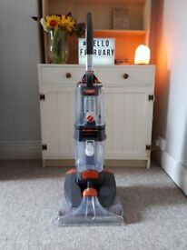 Vax Dual Power Pro carpet cleaner. Used once. Excellent condition.