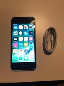 iPhone 5c 16gb unlocked like new.