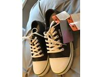 Crocs men's size 10 shoes/trainers brand new
