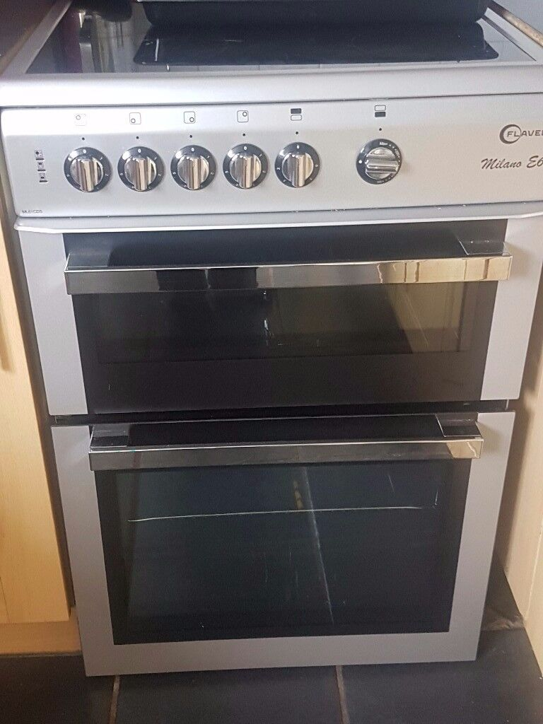 Cooker for sale 6 months old