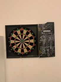 Winmau good condition Darts board for sale - only £10