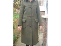 ORIGINAL ENGLISH LADIES DUFFLE COAT BY GLOVERALL SIZE GB32 (8/10)