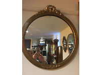 Attractive Ornate Gilt Carved Antique Round Bevelled Edge Mirror with Decorative Gilt Frame