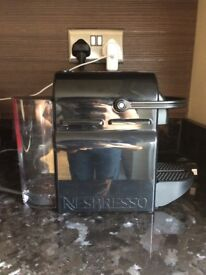 Nespresso Pixie machine - perfect conditions, less than 1 year usage
