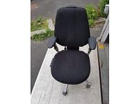 3x Rh logic chair with arms and 5 levels of adjustment and pump up lumbar support £95.00 each