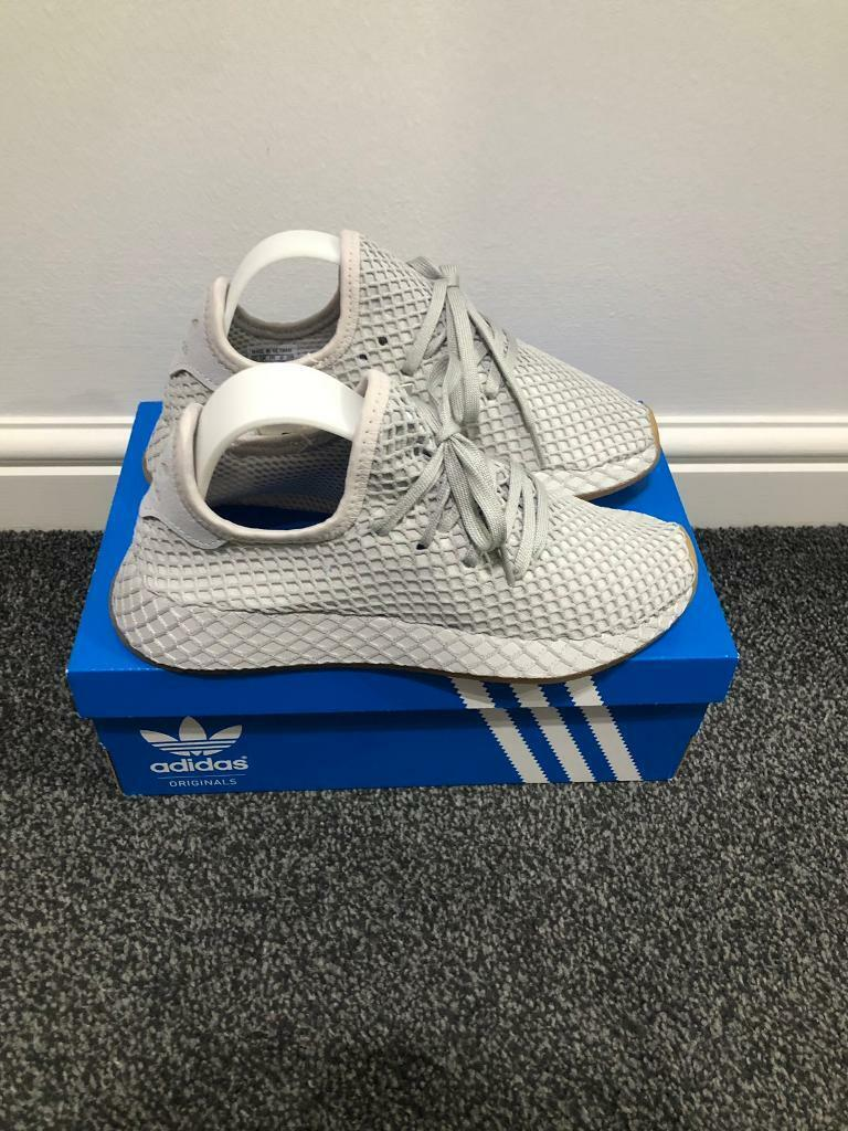a685f946d19ea Adidas Originals Deerupt Trainers in Grey size 4 UK