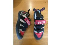 Red Chili Spirit VCR Climbing Shoes - Size 8