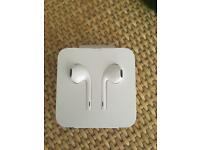 New iPhone 8 earbuds