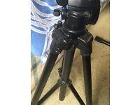 Nikon D3300 DSLR camera for sale w Tripod