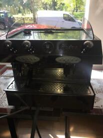 Fracino large coffee machine with electric grinder