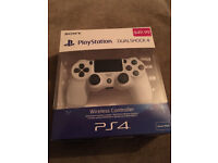 PS4 Sony Official Magma Red, White & Blue DualShock Wireless Controller Brand New & Sealed