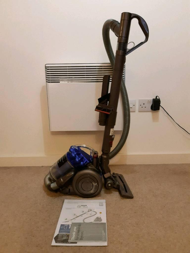 DC26 Multi Floor vacuum