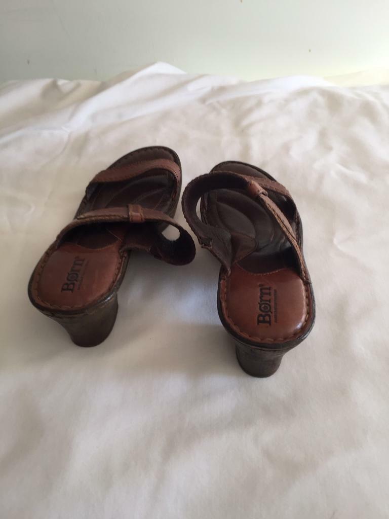 36762a32e730 Born leather sandals