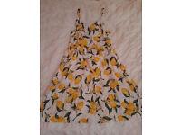 H&M Girl's Light Summer Dress Size: EUR 32